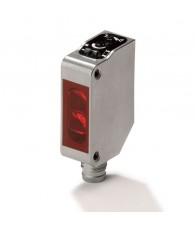 Fotoelektromos érzékelő rozsdamentes acél tokozásban, prizmás, érzékelési távolság 0,1-4m, PNP-kimenet, M8 csatlakozóval