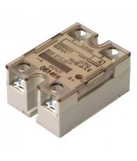 Általános célú, nagy terhelhetőségű szilárdtestrelé, nullátmenetkori kapcsolással, működésjelző LED-el, 200 - 240 VAC vezérlőfes