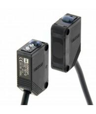 Fotoelektromos érzékelő, adó-vevős, érzékelési távolság 15m, NPN-kimenet, 2m beöntött kábellel