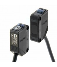 Fotoelektromos érzékelő, adó-vevős, érzékelési távolság 30m, NPN-kimenet, 2m beöntött kábellel