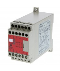 Vezérlőlogikával egybeépített biztonsági relé, 1-2 csatorna, 3 záró- és 1 nyitó érintkezővel.